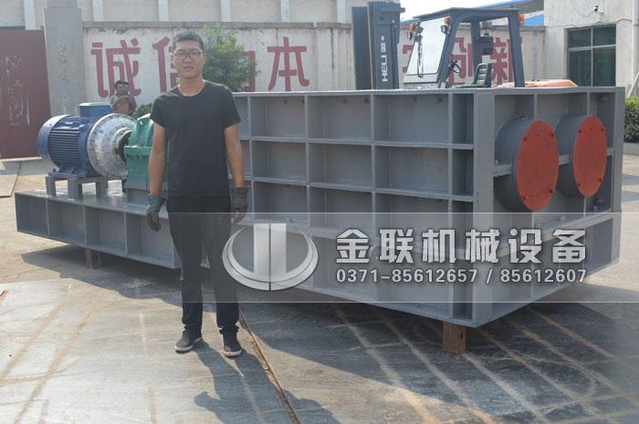 2PLF80/200强力fen级双chi辊破碎机fawang山dongzi博破碎煤炭5