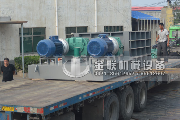 2PLF80/200强力fen级双chi辊破碎机fawang山dongzi博破碎煤炭7